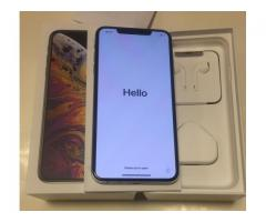 Apple iPhone XS Max 256GB Unlocked == $650